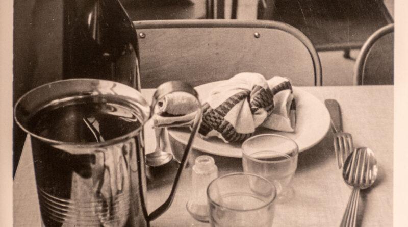 À la cantine – années 1960